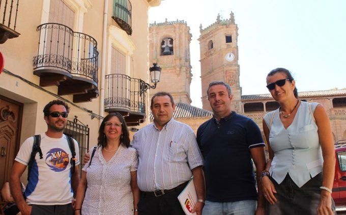 Foto en la Plaza de Alcaraz