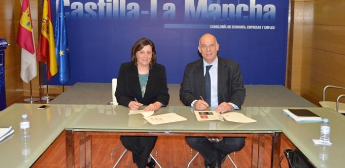 Consejera y Juan Miguel Márquez, director de la división de Cooperación Internacional y Capacitación Empresarial de ICEX