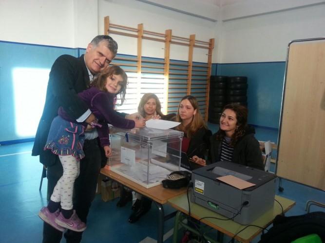 fernando_vota
