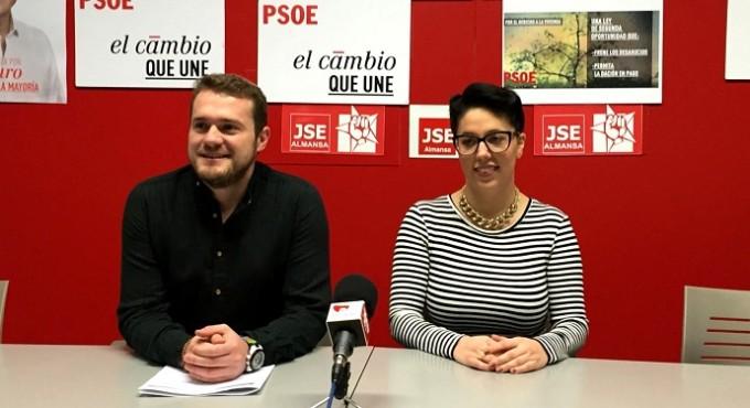 Foto Juventudes Socialistas 29-01-16 (RP Manuel Martínez en Almansa)