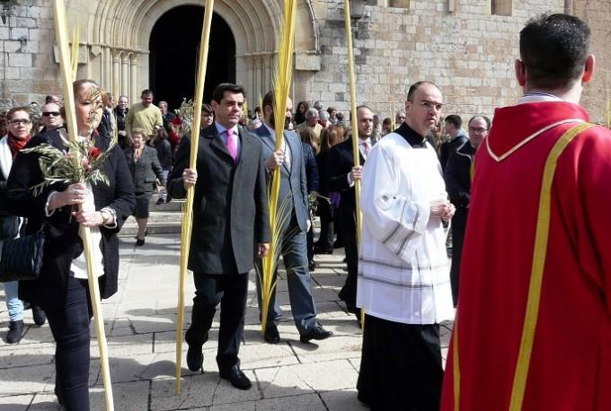 Foto.Misa y procesión de las palmas. Domingo de Ramos (1)