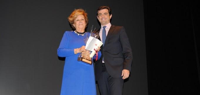 Foto.Premio mujer mayor. DÃ-a Internacional de la Mujer.8-3-16