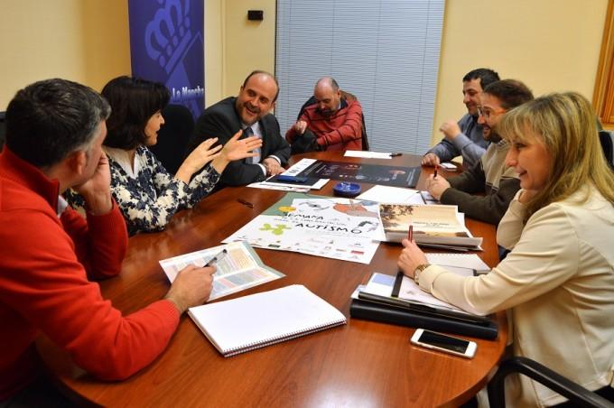 Foto reunión Autismo