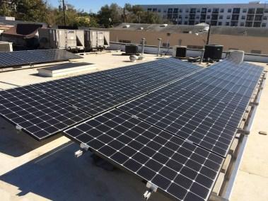 commercial-solar-panel-installation-austin-501-studios