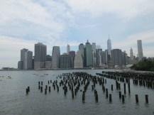 La skyline de Manhattan depuis le Brooklyn Bridge Park © Taste of USA