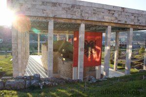 Lezha (Albanien): Skanderbeg-Grab