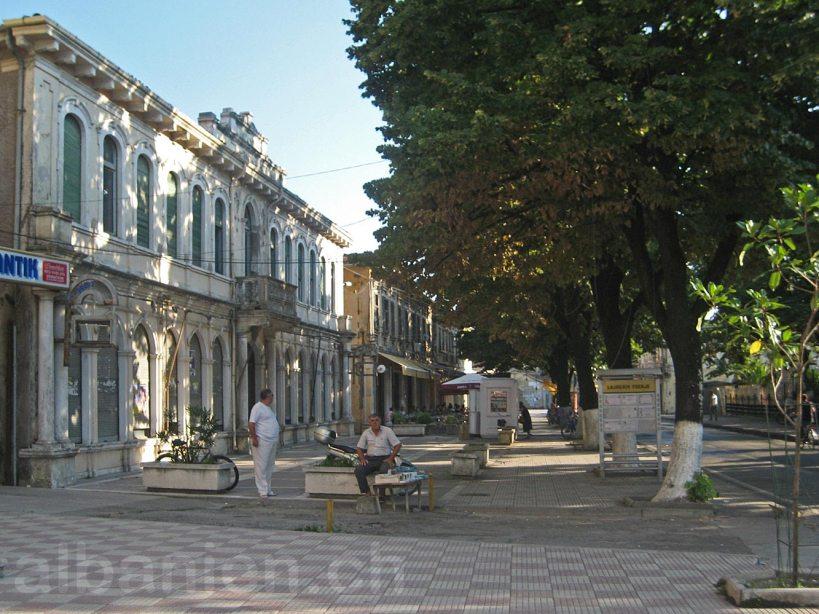 Shkodra Grand Café