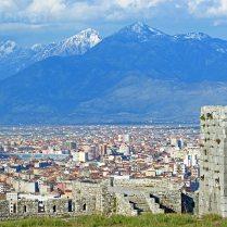 Blick von der Burg in die Alpen