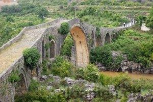 Ura e Mesit, Albanien