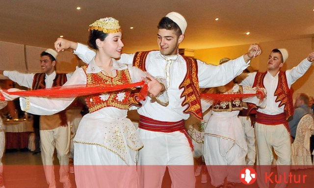 Volkstanz & Kultur in Albanien