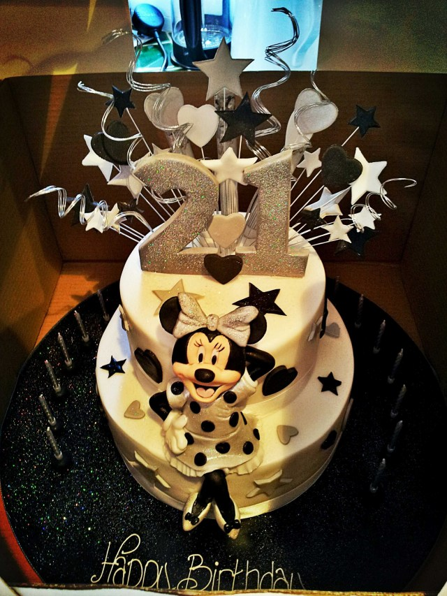 21 Birthday Cakes I Really Want This Cake Disney Minnie Mouse 21st Birthday Cake