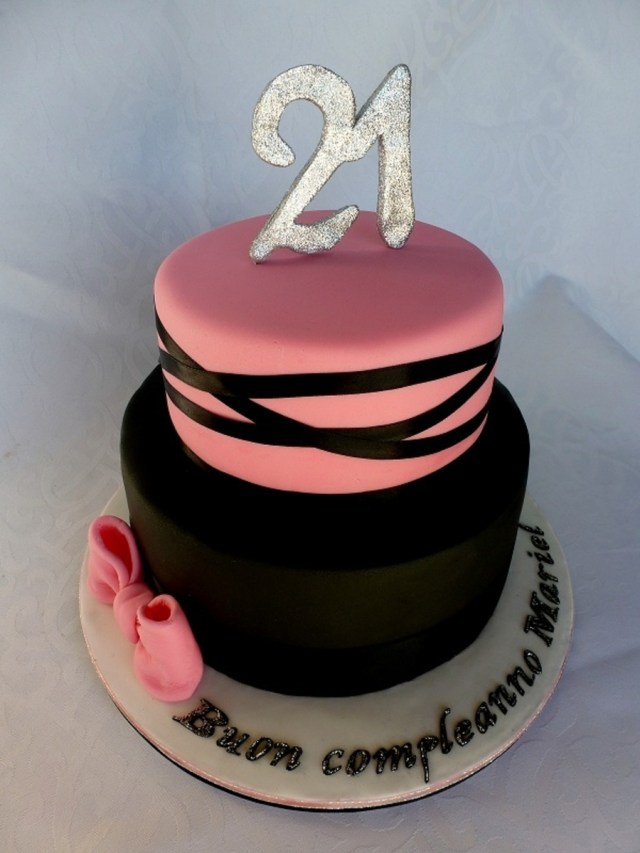 21 Birthday Cakes Pink And Black 21st Birthday Cake Cakecentral