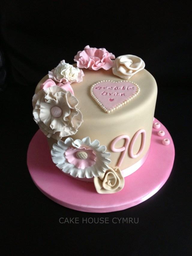90Th Birthday Cake Ideas 90th Birthday Cake 90th Birthday Party Pinterest 90th Birthday