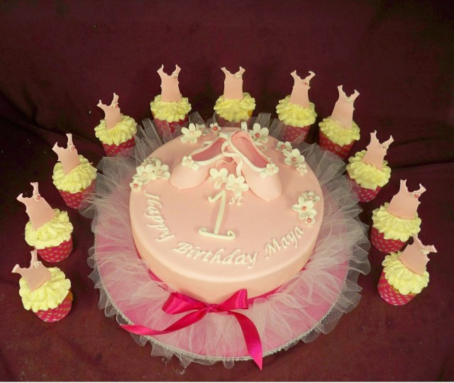 Ballerina Birthday Cake Ballerina Tutu 1st Birthday Cake Elisabeths Wedding Cakes