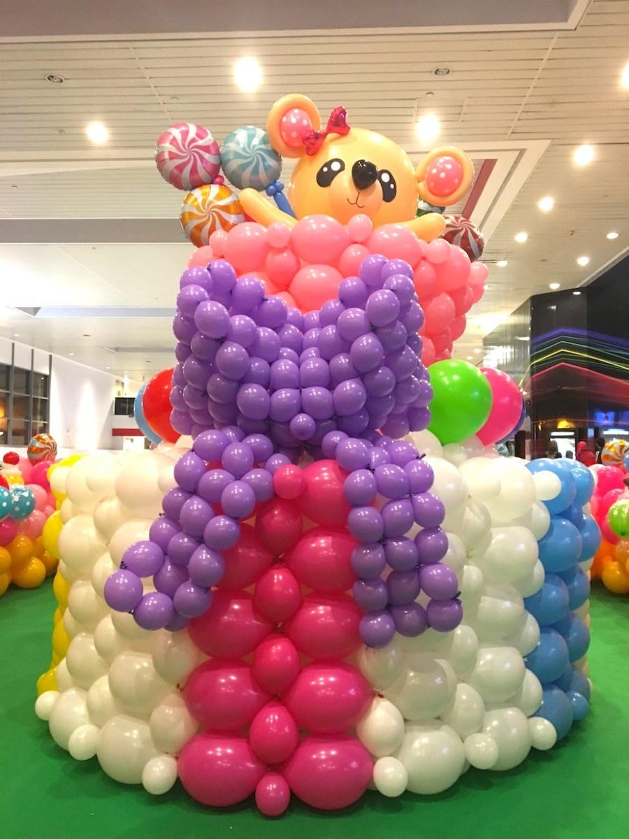 Balloon Birthday Cake Balloon Birthday Cake Sculpture That Balloons