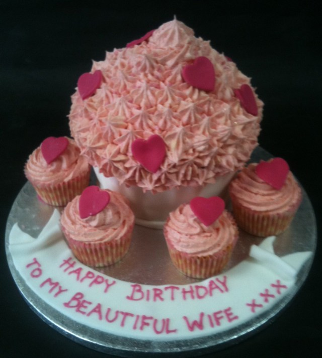 Birthday Cake For Her Bespoke Birthday Cakes For Her Birmingham Based Bespoke Female