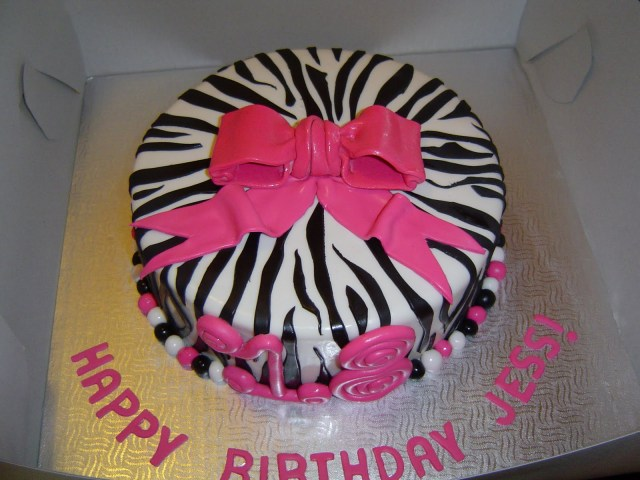 Birthday Cakes For 17 Yr Old Girl 24 Awesome Birthday Cakes For Girls From 18 To 21 Years Cakes And