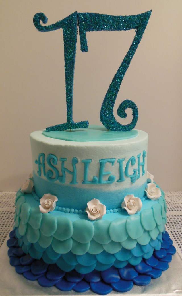 Birthday Cakes For 17 Yr Old Girl Shades Of Blue 17th Birthday Cake Birthday Pinterest 17