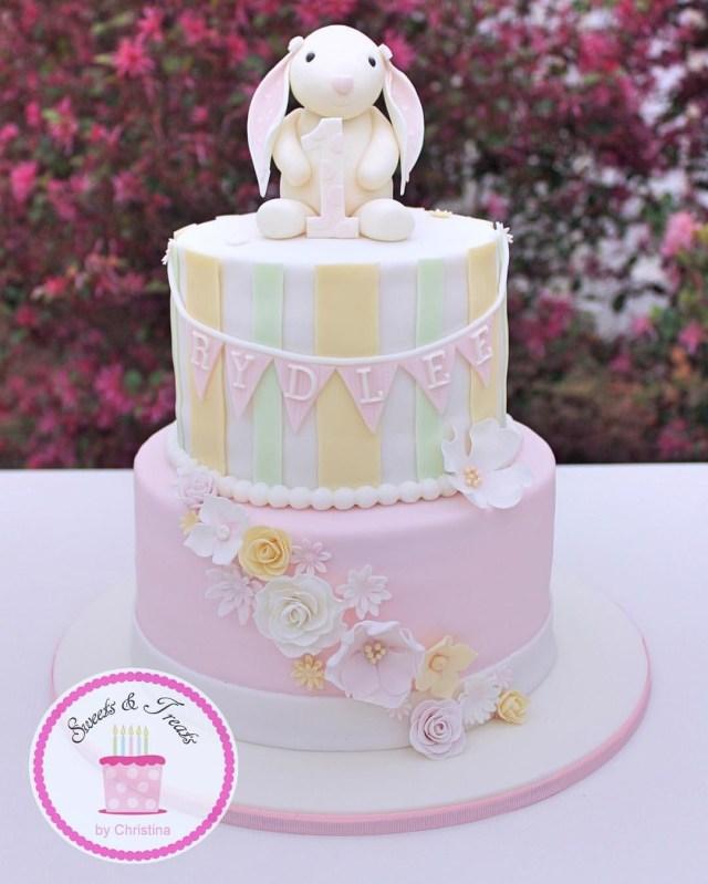 Bunny Birthday Cake A Vintage Bunny Cake For A First Birthday Somebunnyisone