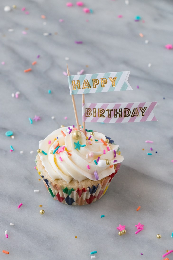 35+ Excellent Picture of Cupcake Birthday Cake
