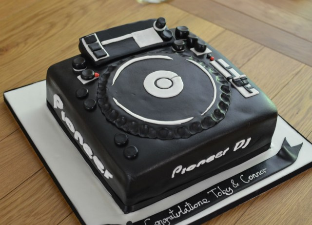 Dj Birthday Cake Dj Birthday Cakes