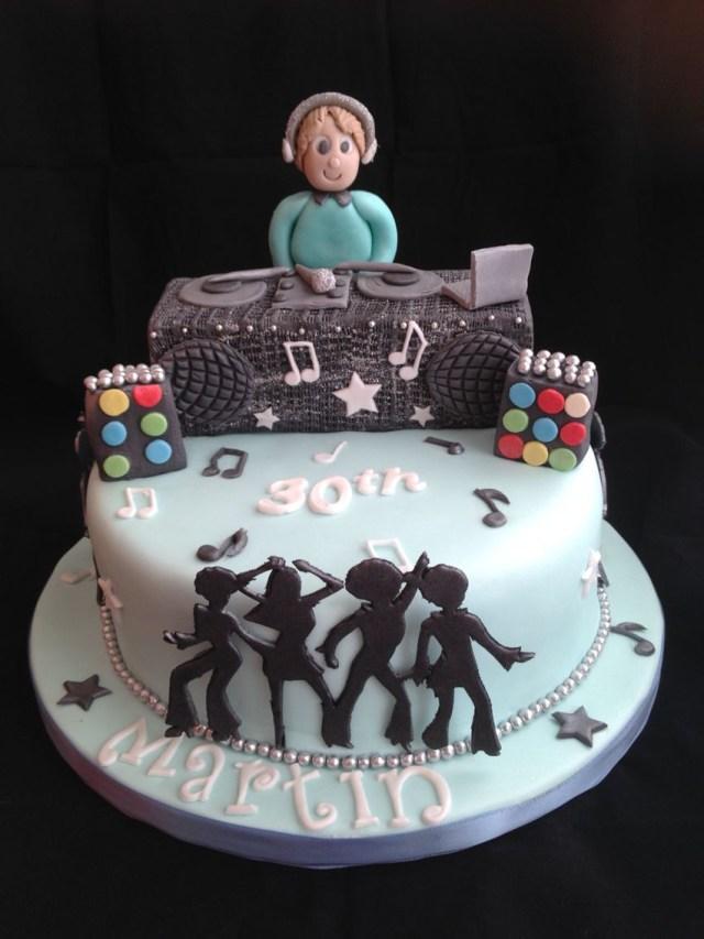 Dj Birthday Cake Dj Cake Theo Festival Party Pinterest Dj Cake Cake And