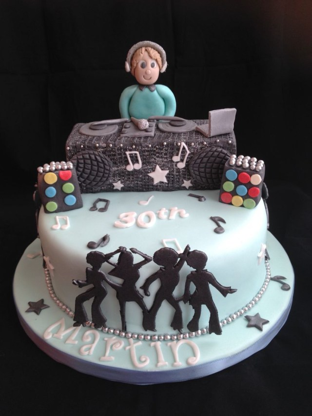 Dj Birthday Cake Dj Cake Theo Festival Party Pinterest Dj Cake Cake And