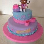 Doc Mcstuffins Birthday Cake Doc Mcstuffins Birthday Cake Evie 3rd Birthday Pinterest