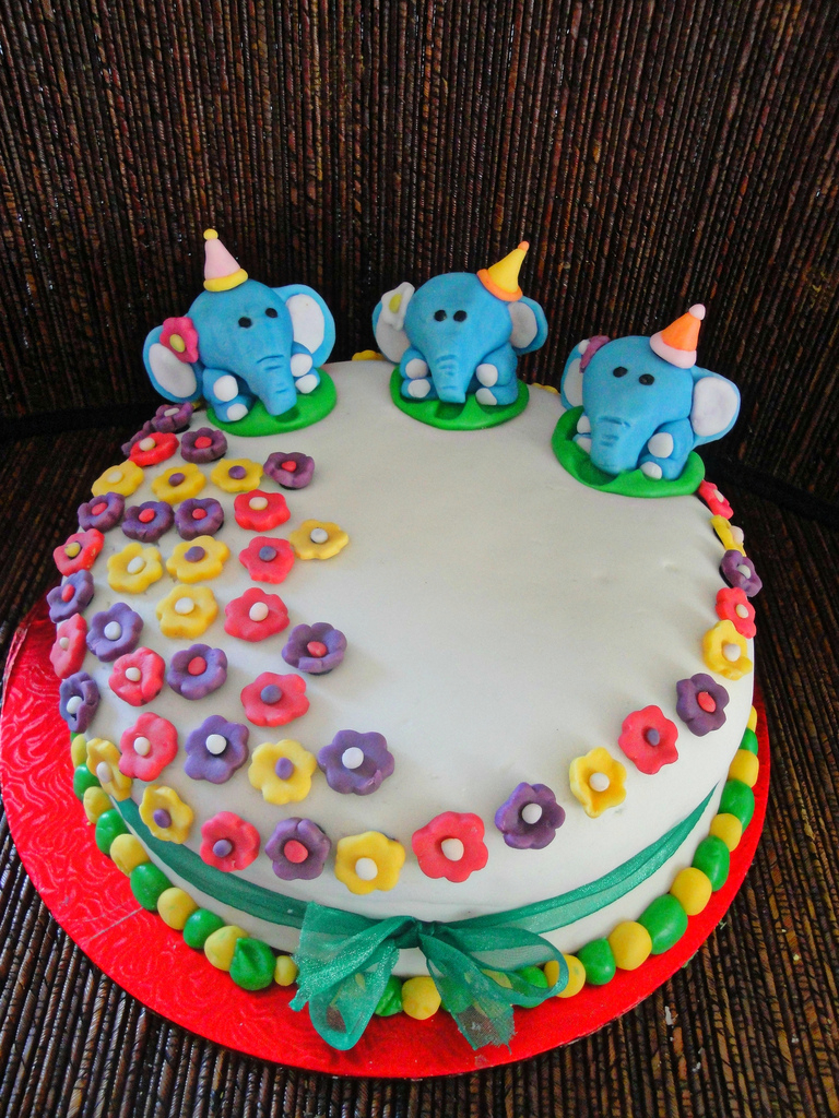 Elephant Birthday Cakes Elephant Birthday Cake Divya Suresh Flickr