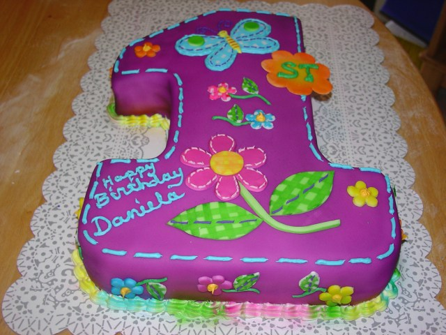 First Birthday Cakes For Girls First Birthday Cake Girl Charleysalassbcglobal A Photo On