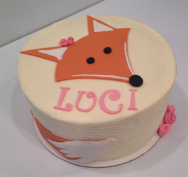 Fox Birthday Cake Lil Fox Cake For A First Birthday Treebranchcakery Birthday Party