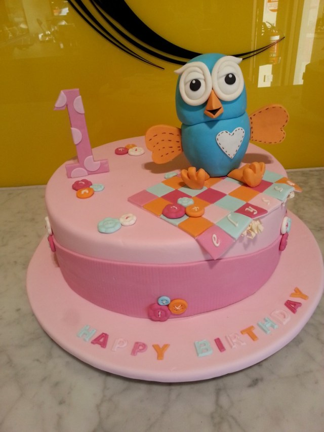 Girls Birthday Cake Single Tier Round Birthday Cake Girl Hoot The Delicious Biscuit