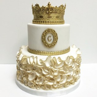 Gold Birthday Cake Birthday Cake For A Princess Cakescake Popsmini Cakes