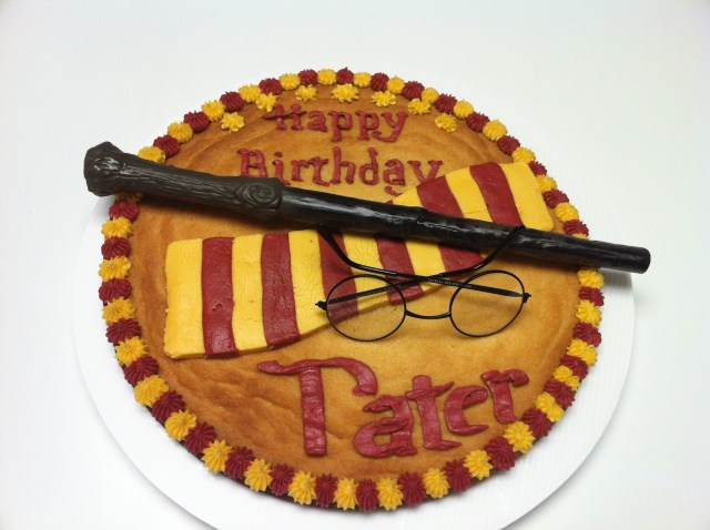 Happy Birthday Cookie Cake Taters 7th Birthdayharry Potter Cookie Cake Happy Birthday
