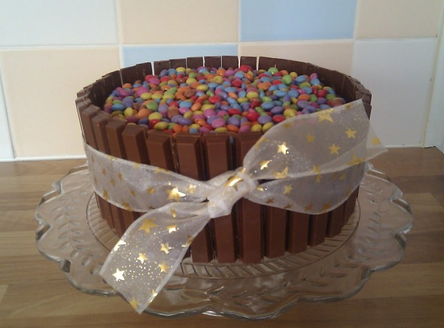 Kit Kat Birthday Cake Heres One I Made Earlier Rebeccas Kit Kat Birthday Cake