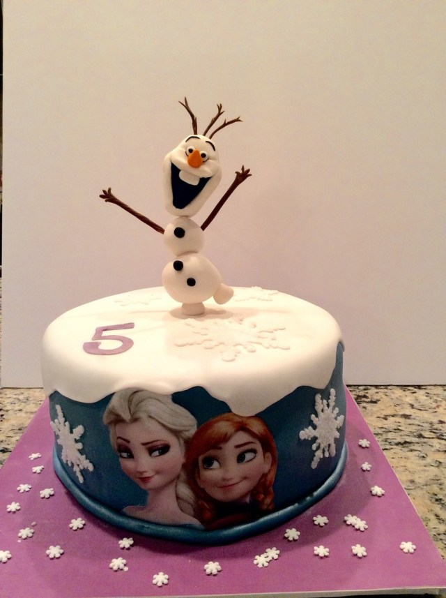 Olaf Birthday Cake Frozen Birthday Cake With Olaf Ana And Elsa Cakecentral