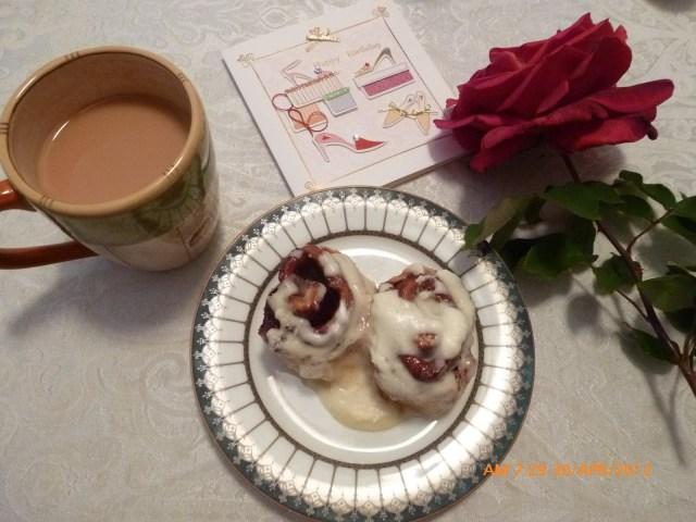 Olive Garden Birthday Cake Birthday Feasts From Olive Garden Birthday Serenade High Tea