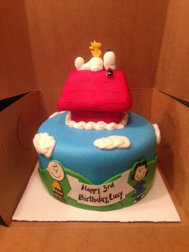 Peanuts Birthday Cake Charlie Brown Lucy Snoopy Woodstock And Dog House Peanuts Themed