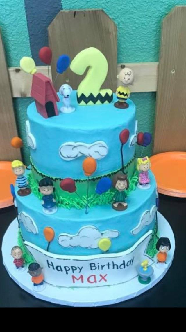 Peanuts Birthday Cake Peanuts Gang Birthday Cake Snoopy Charliebrown Woodstock