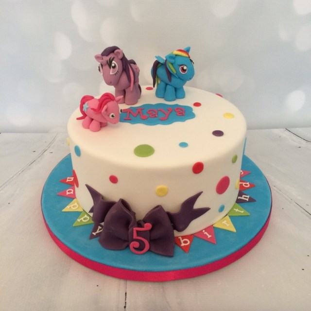 Rainbow Dash Birthday Cake My Little Pony Rainbow Dash Cake