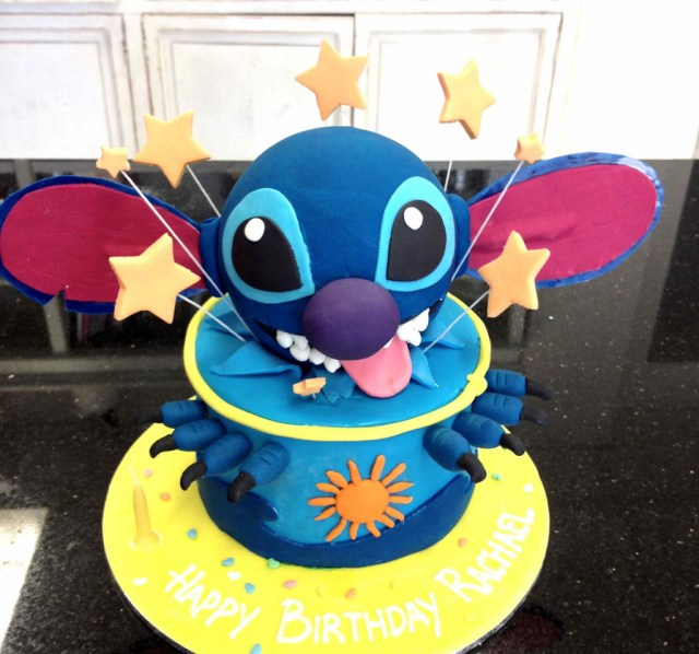 Stitch Birthday Cake Stitch Cake A Cheeky Birthday Cake Complete With Popping C Flickr