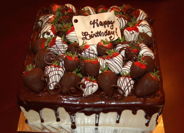Strawberry Birthday Cakes Chocolate Birthday Cakes With Strawberries Google Search