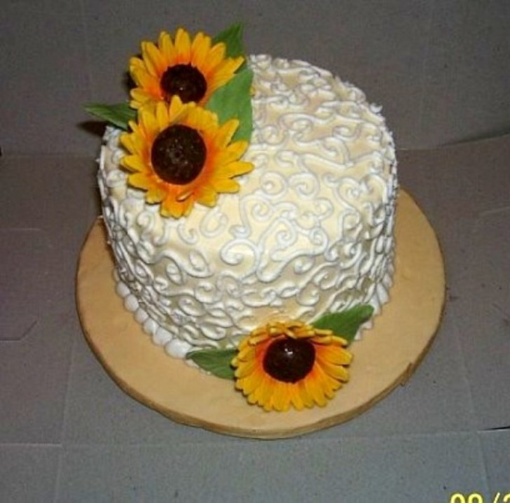 30 Beautiful Picture of Sunflower Birthday Cake