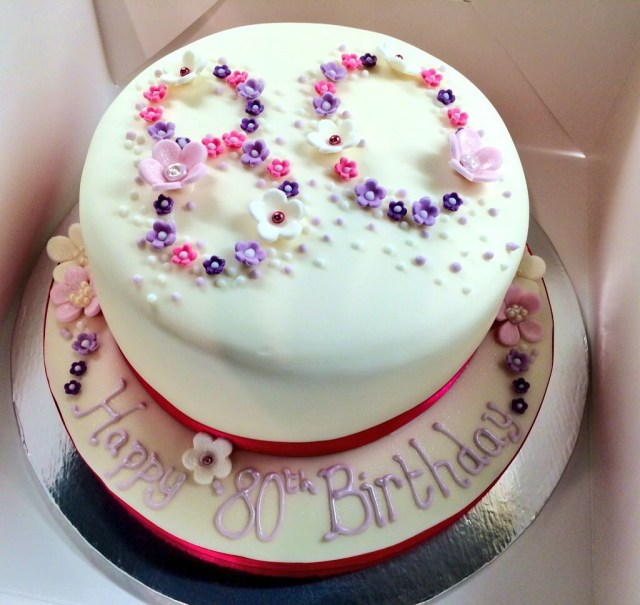 Women's Birthday Cake Ideas 80th Birthday Cake Happy Birthday Pinte