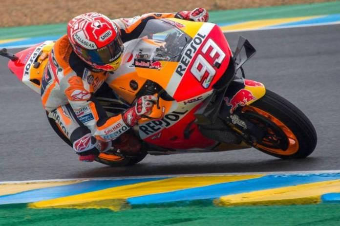 Lorenzo rrëzon rivalët, Marquez triumfon në Barcelonë (VIDEO)