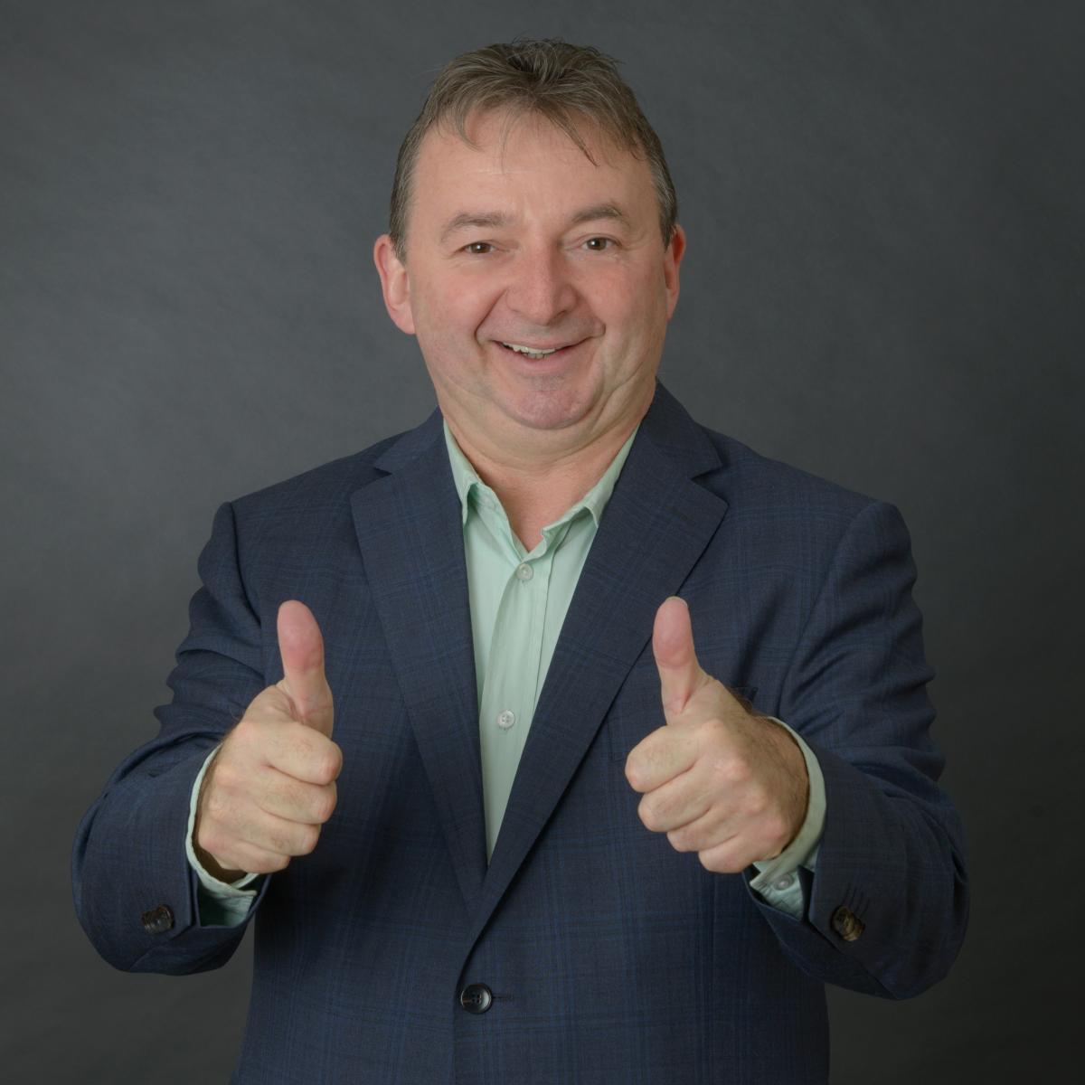 Albert Riedelsheimer kandidiert für das Amt des Oberbürgermeisters von Donauwörth