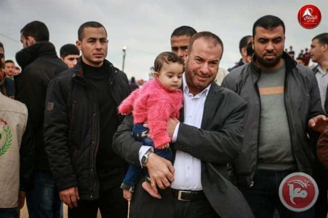 Palestinian baby taken to the front line