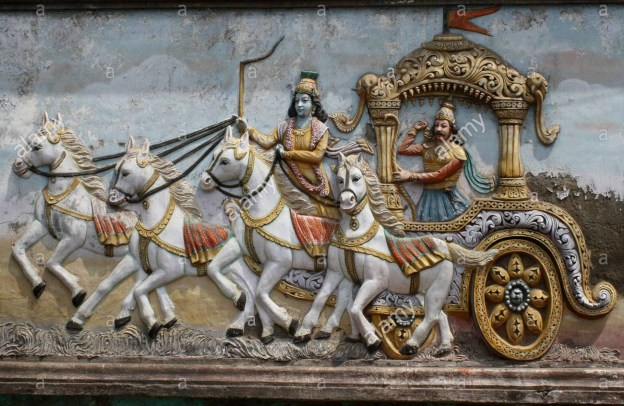 mural-on-hindu-temple-wall-showing-arjuna-and-krishna-in-their-chariot-b155ag