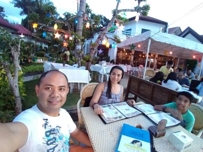 20161214_172826-our-first-whole-day-in-bohol