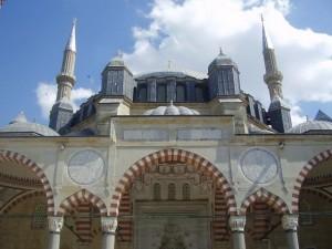 Salimiye's_beauty_and_grandeur